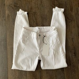 NWT Cello white Distressed Skinny Jeans size 1